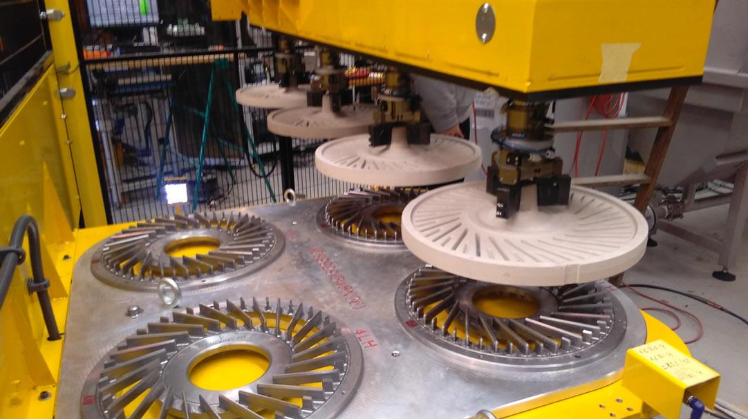 Celda de paletizado de machos de arena para la fabricación de discos de freno