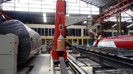 Instalación robotizada para soldadura de piezas de acero inoxidable y aluminio