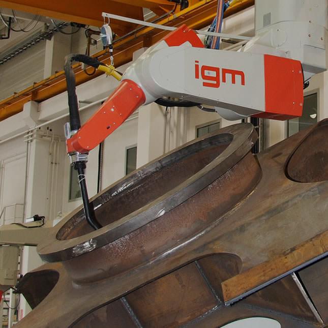 Robotic welding installations